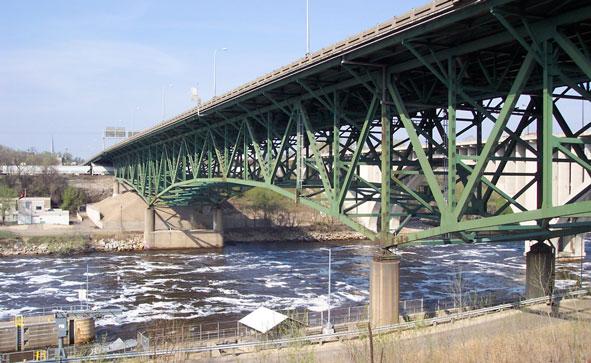 I-35W bridge north of Minneapolis in 2005