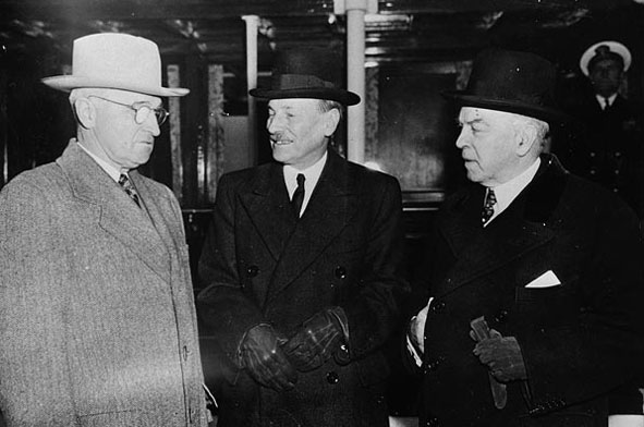 U.S. President Harry Truman, British Prime Minister Clement Attlee, and Canadian President William Lyon Mackenzie King.